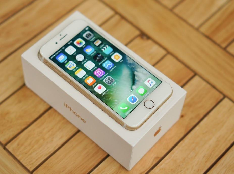 Mở hộp iPhone 7 tại Việt Nam